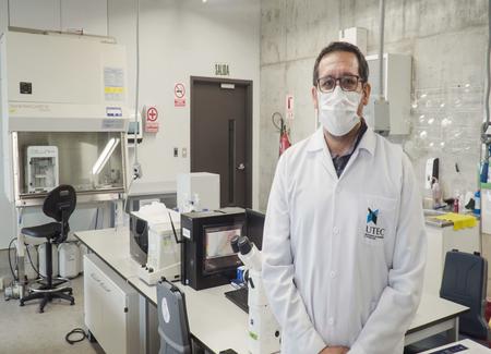 Diseño e implementación de un sistema wearable no invasivo capaz de realizar detección temprana de cáncer de mama mediante el uso de tecnología de imágenes por microondas